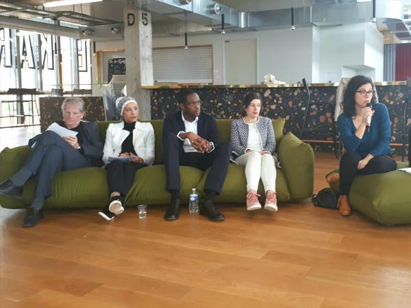 Discussion avec les élus P. Braouezec (à gauche) et Y. Elice (au centre)